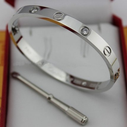 AAA Cartier Love white gold diamond bracelet with screw driver B6035816