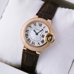AAA Ballon Bleu de Cartier montre diamant quartz or rose bracelet en cuir brun