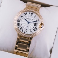 AAA Ballon Bleu de Cartier quartz suisse montre avec diamants en or rose 18 kt