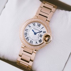 AAA Ballon Bleu de Cartier or rose quartz suisse montres avec lunette sertie de diamants